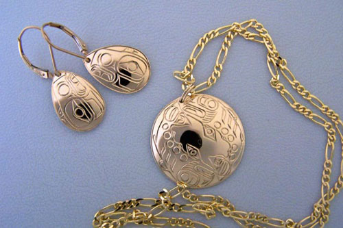 18K Raven earrings & Dogsalmon pendant